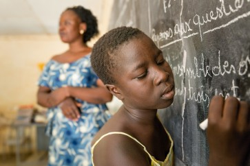 Kaag zegt 100 miljoen euro toe aan Global Partnership for Education