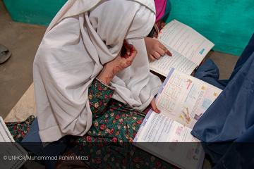 Oproep het recht op onderwijs in Afghanistan te beschermen